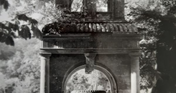 L'anastylose de la fontaine du château de Chassenon