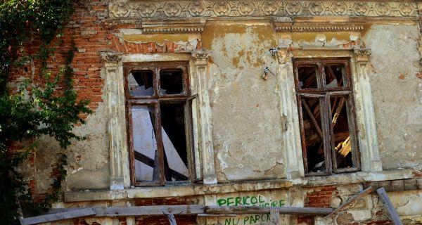 Une histoire roumaine dans le contexte européen