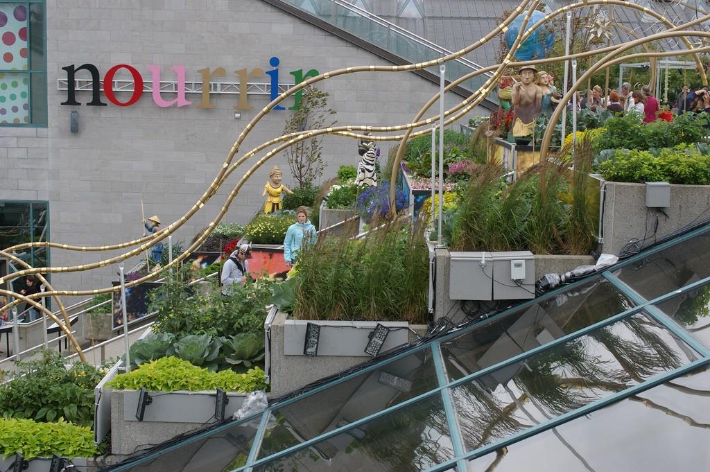 Un cadre de vie plus respectueux des équilibres naturels. Québec-ville - Musée de la civilisation - Jardin sur les toits. Sources Flickr.