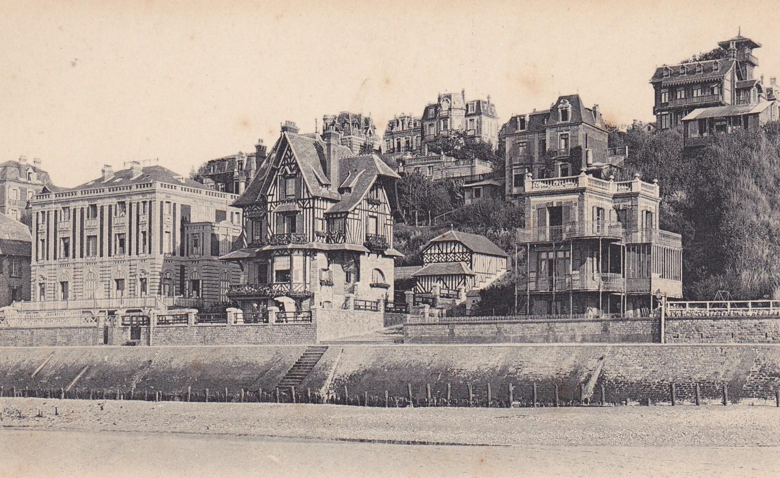 Chalet Haret dominant la plage vers 1910. Collection personnelle.
