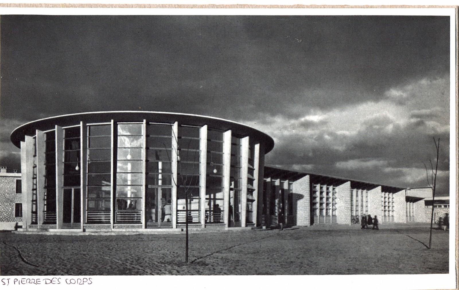 Vue de l'école de plein air Les Sablons (Pierre Semard) à Saint-Pierre-des-Corps, Jean et Charles Dorian, vers 1950. Collection privée, Orléans